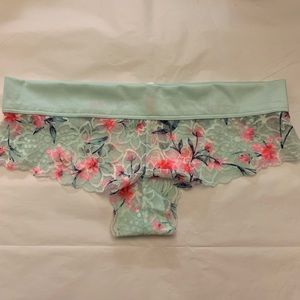 5/$15✨ VS PINK Mint Floral Cheekster Panty